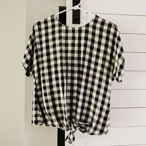 Gingham Knotted Tee